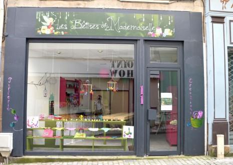boutique et enseigne LES BËTISES DE MADEMOISELLES