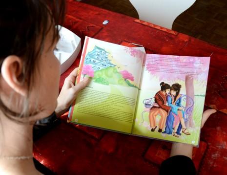 Page intérieure de l'album mes 12 contes d'Orient