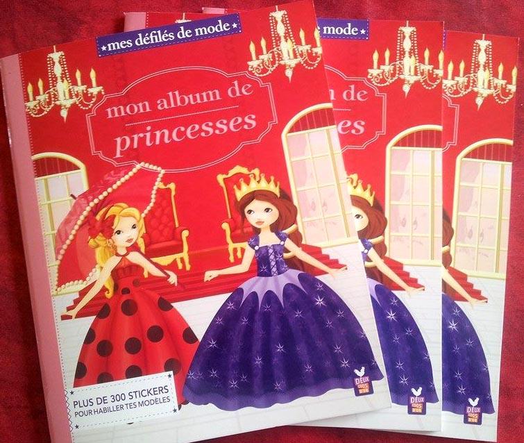 Des princesses et des autocollants chez 2 coqs d'or