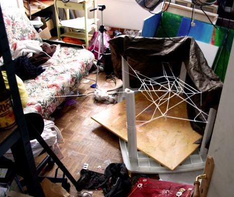 toile d'araignée géante dans mon atelier