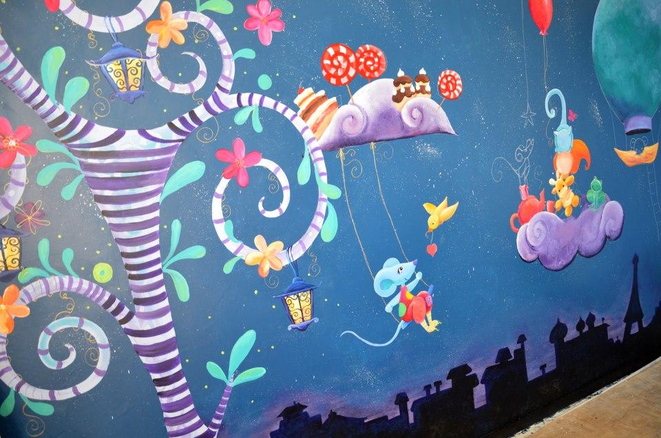 Fresque doudous dans la chambre de bébé